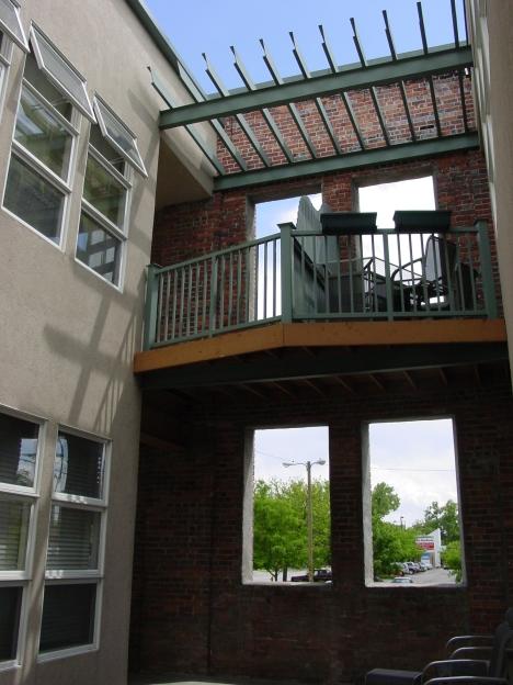 Courtyard-02